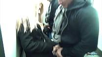 Gabriela Lozano y rafa García follando en el ascensor