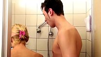 fuck to seduce and shower in son help step-mom German