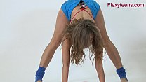 Flexible teen Anka shows nude gymnastics