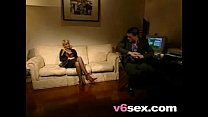 Luscious Lady Couch Bang v6sex free porn