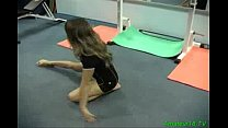 Flexible gymnast gets fucked