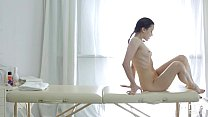 Good massage turns into a mesmerizing action wi...