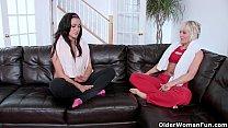 Mulher madura transando com sobrinha lésbica
