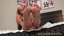 I know you love my cute little pink toes