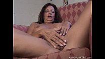 Super sexy old spunker fucks her soaking wet pussy for you