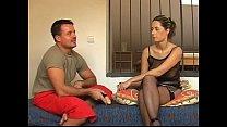 Simona gets used by her boyfriend