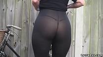 Sexy big ass in transparent lycra leggings tigh...