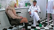 Dr Dirty Bizarre Natursekt Untersuchung mit Arschfick