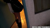 Teen hotel party turns into a crazy amateur orgy
