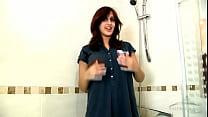 Zarina Masood peeing in a bathtub