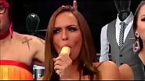 Panicats comendo banana