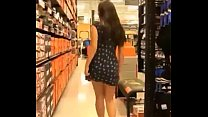sin tanga haciendo compras