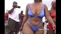 CANDID BOOTY: MEGAculazo entangado BLACK MONSTER BIGBOOTY