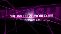 hot feet-Get CAMS of girls like this on FOOT-FE...