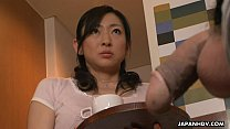 カテゴリー:フェラ,手コキ 名前:---- タイトル:大きな脂肪の直立くちばしをオフに吸うアジアの熟女