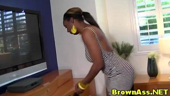 Big ass ebony hotties bent over cum..