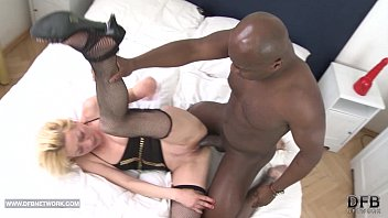My mom anal fucked by black cock fu..