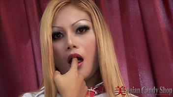 คลิ๊ปโป๊ หนังx หนังโป๊สาวไทยโดนฝรั่งเย็ดคาโรงแรมเอากันอย่างมันส์เสียวเลยxxx