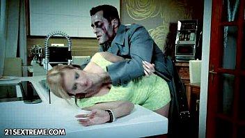 หนังเอ๊ก Halloween กินตับสาวในคืนปล่อยผี แฟรงกิ้น สไต บุกข่มขืนเหยื่อสาวเย็ดหีอย่างซาดิส จับมัดซอยควยเย็ดวนไป