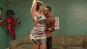 Amy faye girl with huge butt