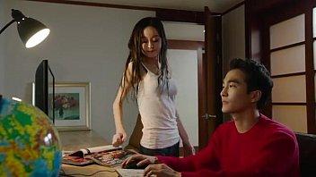 คลิ๊ปโป๊ คลิปxฟรี สาวเกาหลีสวยใสหุ่นดีเย็ดกับแฟนหนุ่มในร้านขายของก่อนจะโดนแอบถ่ายเอาไว้ได้