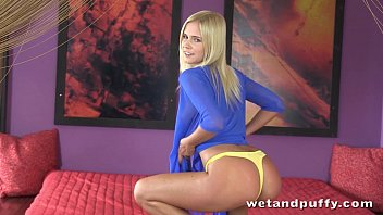 Foxy blonde teen in a passionate solo scene