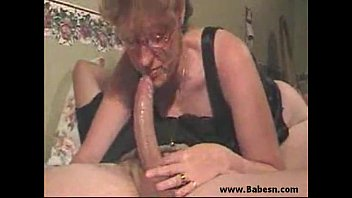 Mom sucking sons cock in the morning