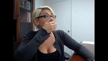 Secretary caught masturbating - ful..