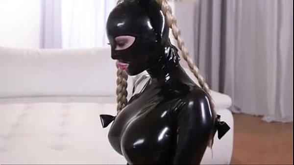Lesbiana esclavo látex