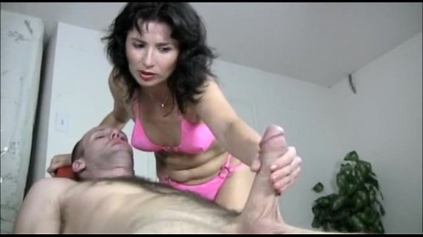 Miami masseuse MILF gives happy ending