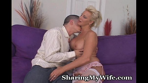 mature women seducing younger men