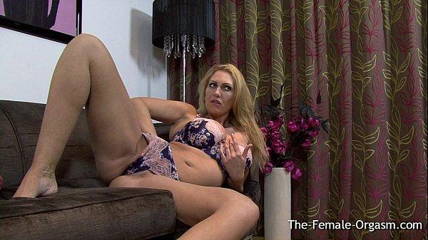 Big breasted britiske Milf Masturbating Hendes kødfuld Pussy Til-6894