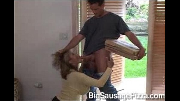 Pizza delivery guy gets best tip of his life - 3 part 4