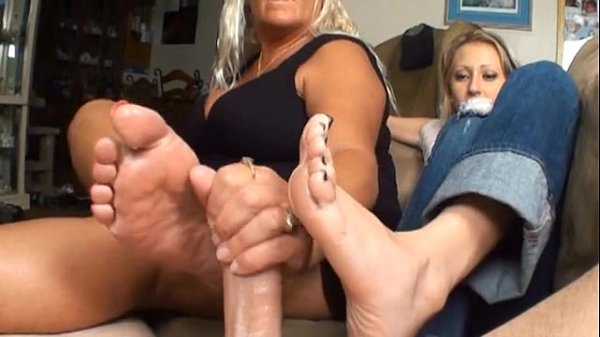 2 Girls Sexy Footjob - Xnxxcom