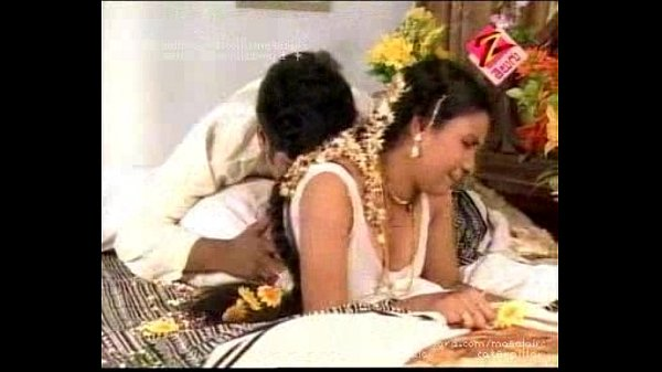 telugu house wife first night hot bed room scene