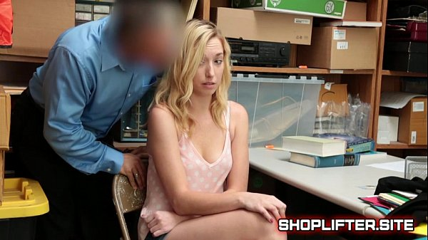 Shoplifter zoe parker gets in trouble