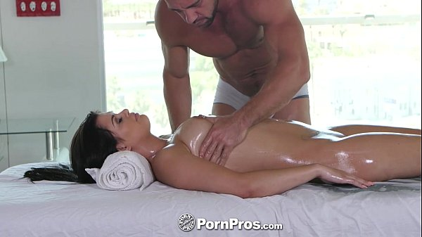 Pornpros lovely gracie dai gets a rub down massage 9