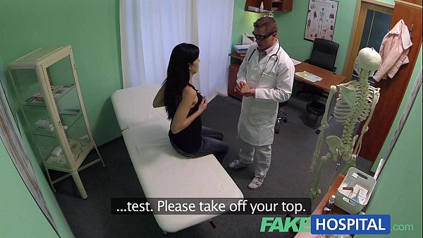 Fakehospital doctors talented digits make milf squirt 6