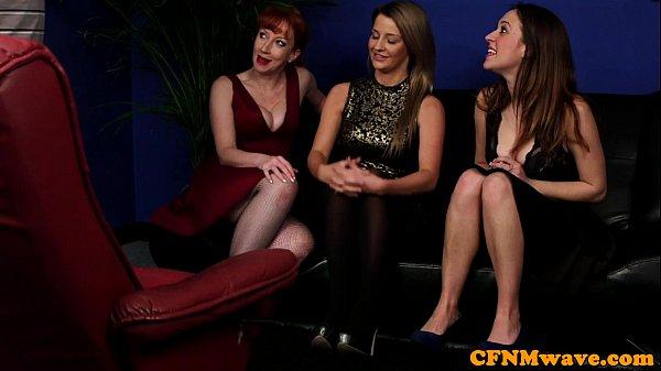 Carli banks public masturbation