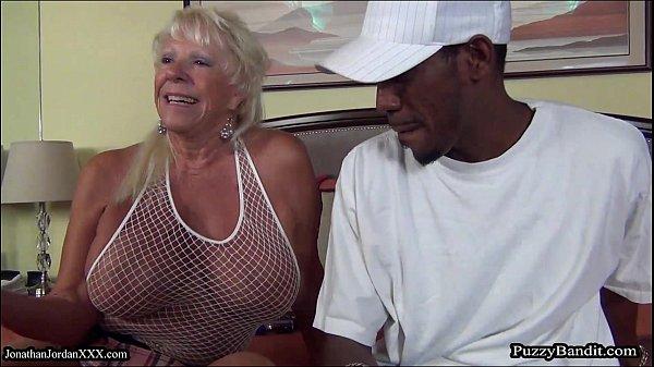 Busty blonde gilf mandi mcgraw enjoys some cock - 1 part 3