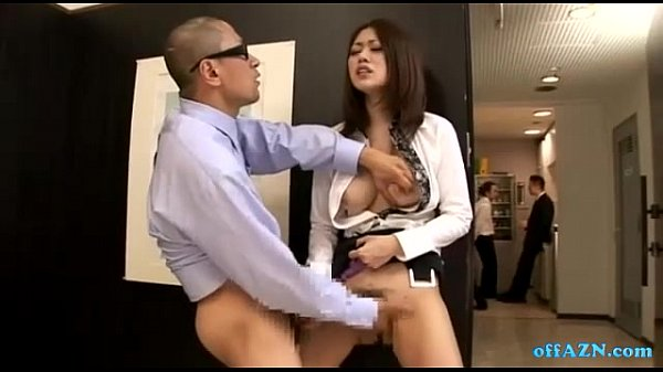 Japanese maid gives a superb blowjob 4