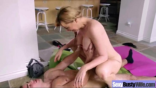 Sex Tape With Horny Wife Hungry For Cock vid-16