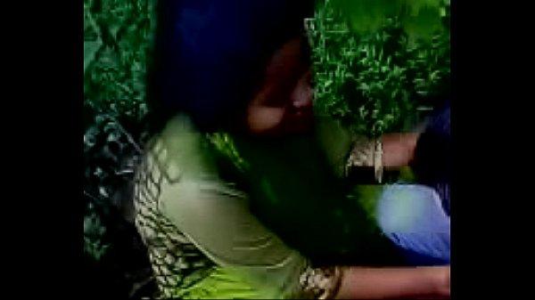 Bangladeshi Lesbian Girls Kissing Each Other - Xnxxcom-7219