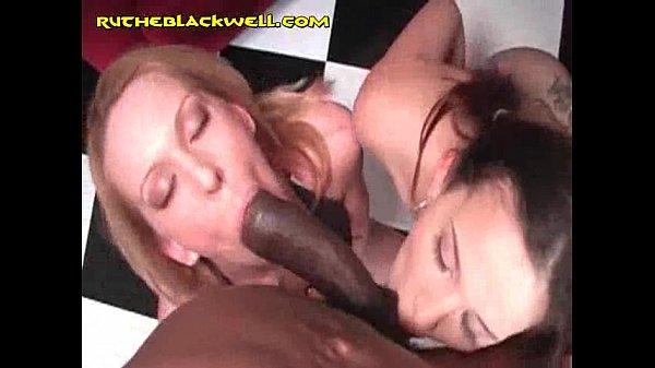 Two White Girls Suck Big Black Cock - Xnxxcom-1106