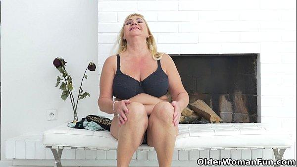 Euro granny pem lets her big old tits hang loose 1
