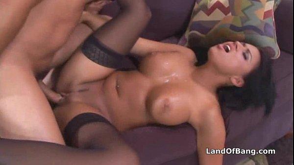 Eva Angelina dando sua buceta gostosa