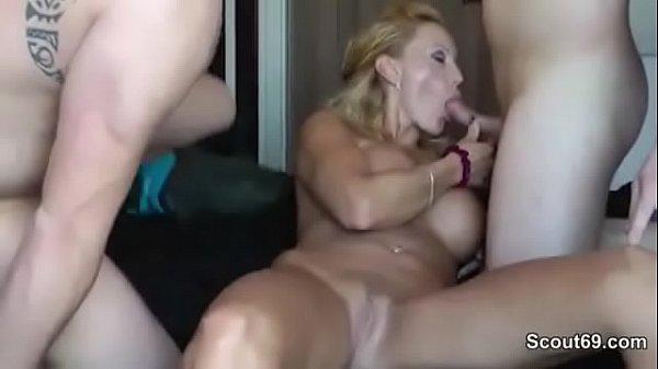 Geile Fotze mit dicken Titten