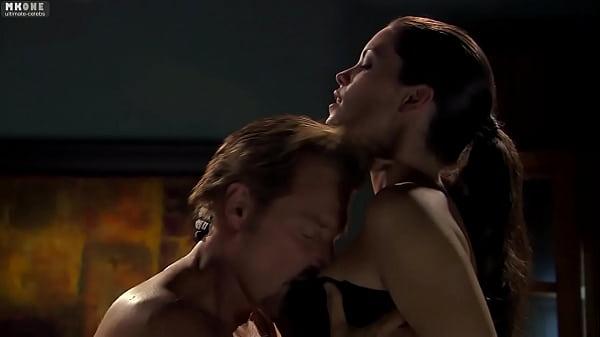 poison ivy sex scene