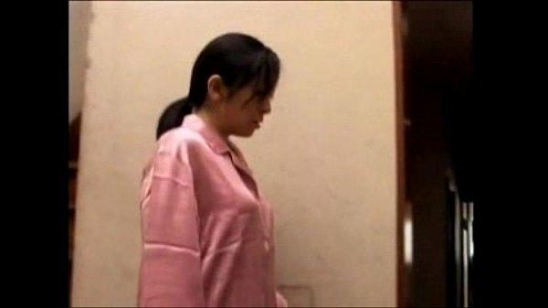 195Full-Movieหนังxxxแม่บ้านโดนหนุ่มส่งของบุกเย็ดถึงห้อง อยู่บ้านคนเดียวผัวไปทำงาน  – 24 Min