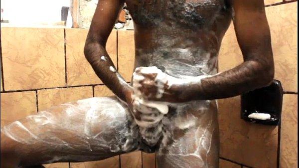 Punheta no chuveiro valuable